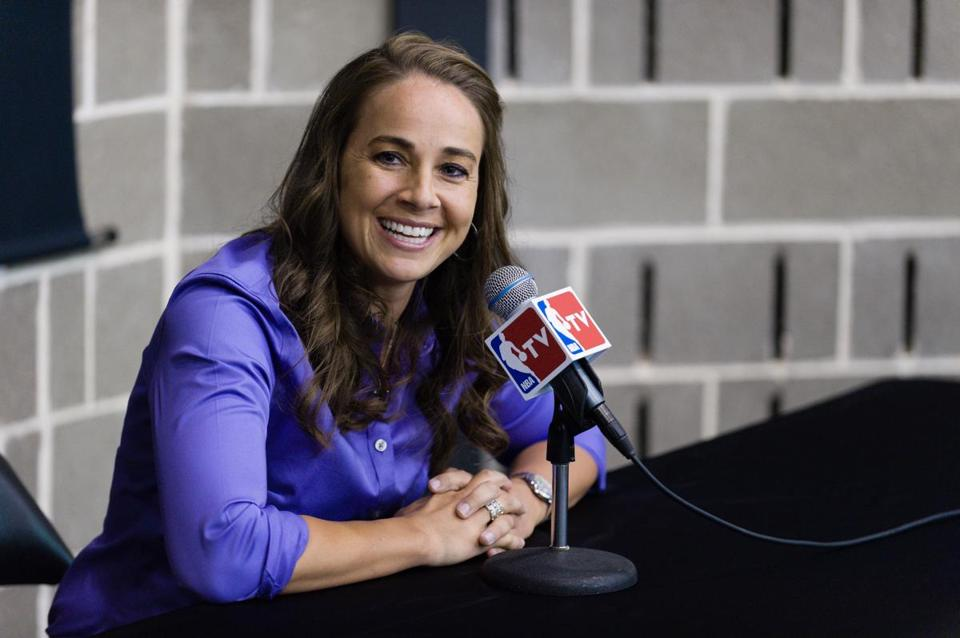 Becky Hammon has been named assistant coach for the Spurs.