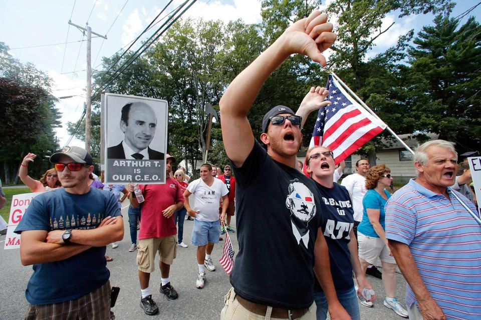 As protests continued this week, more vendors severed their ties with Market Basket.