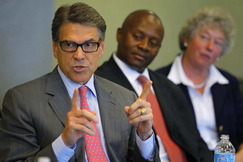 Texas Governor Rick Perry addressed a group of business leaders in New Hampshire Friday.