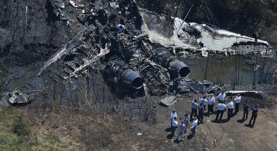 The May crash at Hanscom Field killed seven people and prompted the maker of the Gulfstream IV to issue safety warnings about its use.
