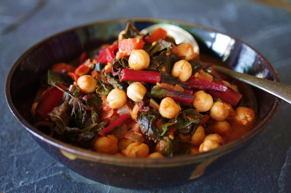 Recipe for Swiss chard and chickpea stew