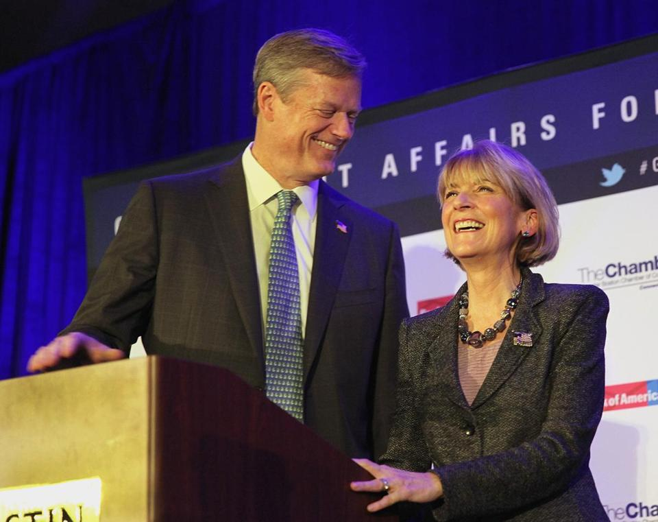 A new Globe poll shows that neither Coakley nor Baker has closed the sale, even among voters who call themselves supporters.