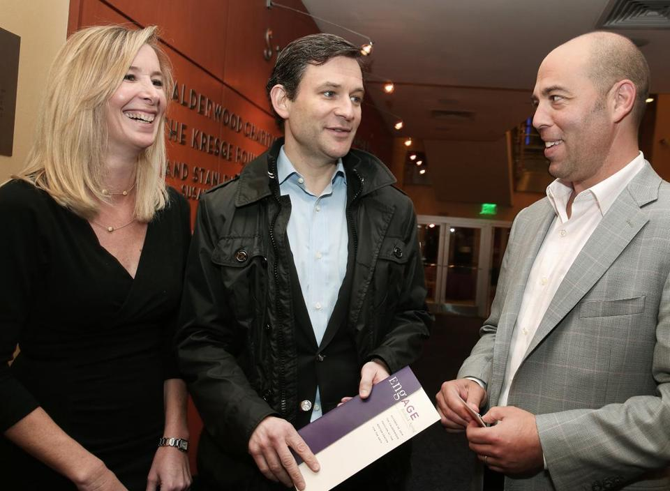 ABC's Dan Harris (center) with Jennifer and Gavin Dreyer of Weston.