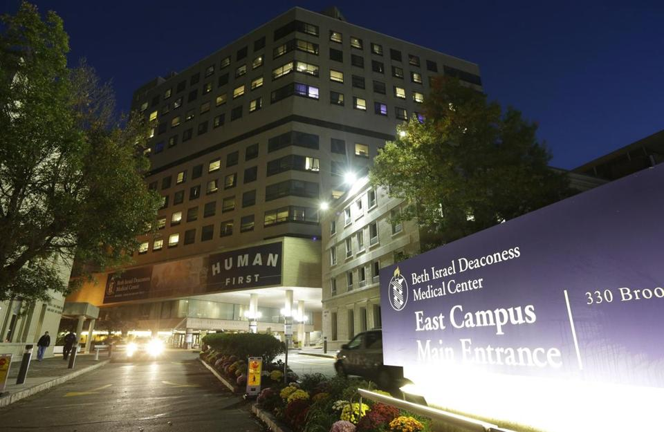 Beth Israel Deaconess Medical Center will pay $100,000 after a physician's laptop holding personal information for nearly 4,000 patients and employees was stolen in 2012.
