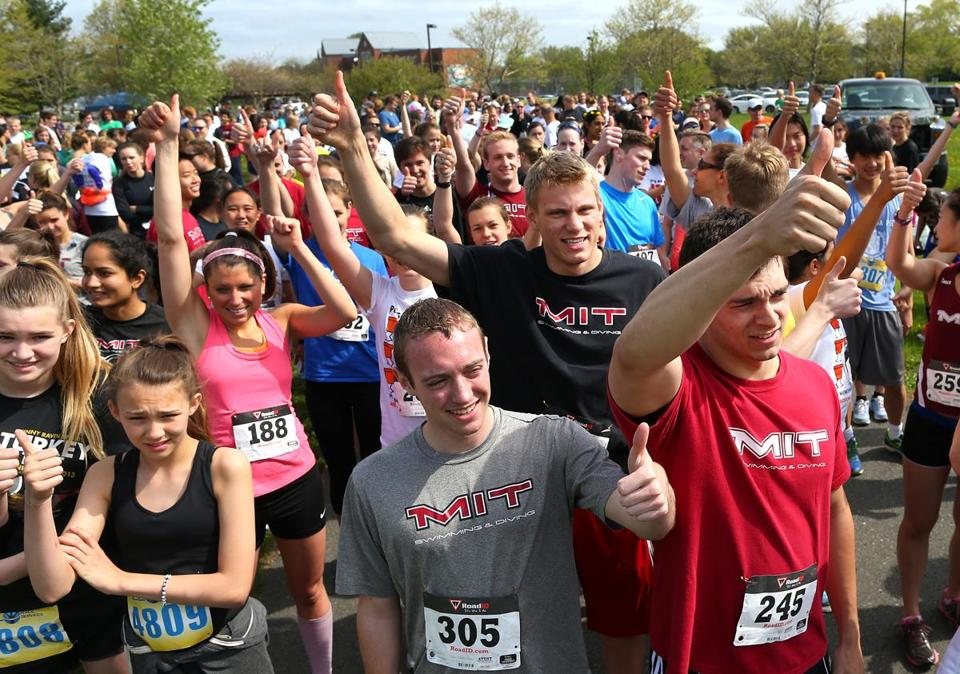This year the 5K was dedicated to the memory of 17-year-old Christina Tournant.