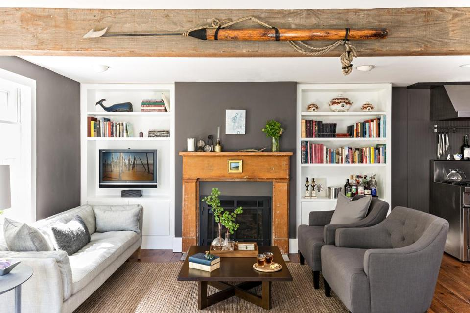 In P Town Charm To Spare In 900 Square Feet The Boston Globe