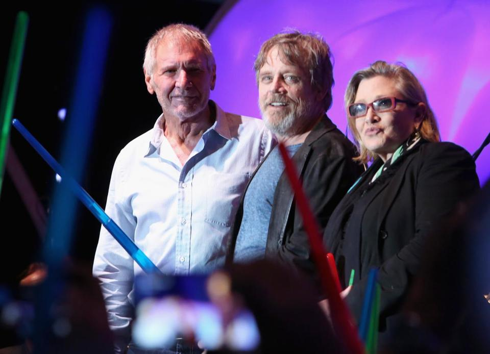 "Harrison Ford, Mark Hamill, Carrie Fisher and more than 6000 fans enjoyed a surprise ""Star Wars"" Fan concert."
