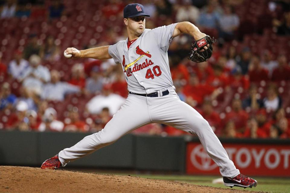 Cardinals reliever Mitch Harris completed his duties with the US Navy before making his major league debut in 2015 at age 29. Harris will receive the Tony C. Award at this year's Boston Baseball Writers dinner.