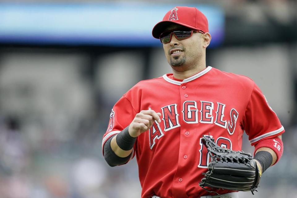 Shane Victorino is coming off two injury-filled seasons, looking for a team.
