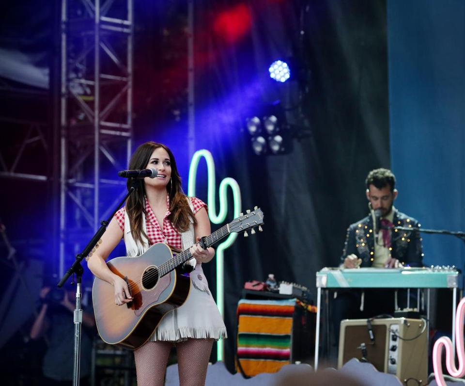 07/17/2015 Boston, MA – Kacey Musgraves performs during Outside at the Boston Common in Boston, MA, on July 17, 2015. (Craig F. Walker / Globe Staff) 18weekfolk