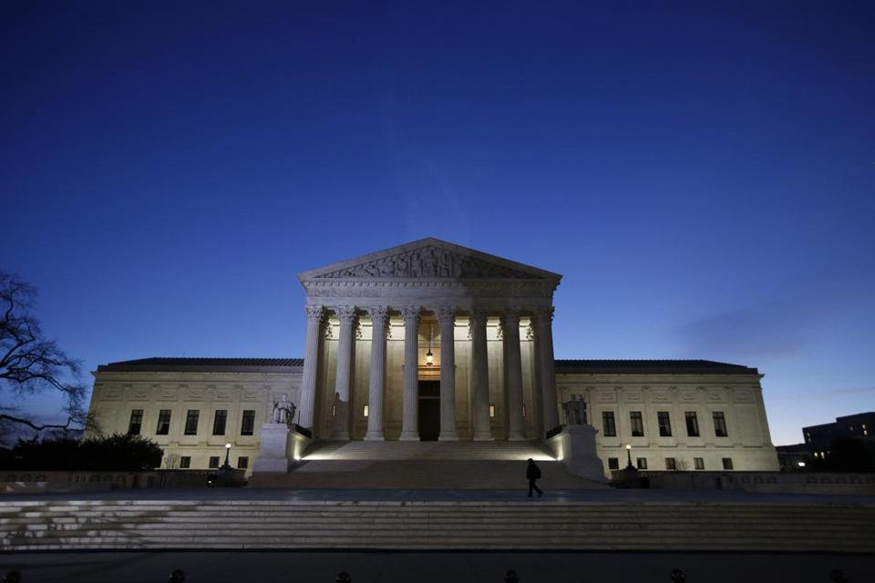 A case heard Tuesday by the US Supreme Court's eight justices could broaden incidents of fraud brought against government contractors.