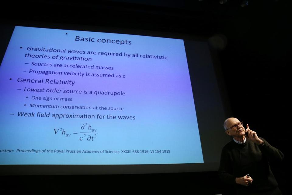 Rainer Weiss, who developed a way to detect gravitational waves, spoke at a conference of the American Society for Precision Engineering in Cambridge.