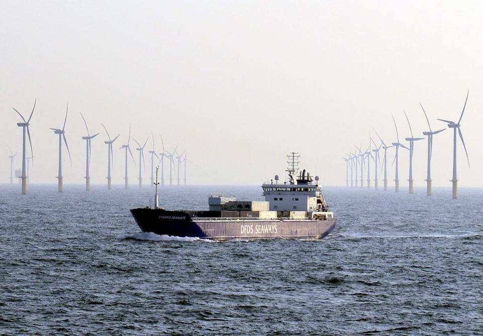 epa05279734 (FILE) A file photo dated 12 June 2015 showing freighter Lysbris Seaways of DFDS Seaways shipping company passing Sheringham Shoal wind farm installations, located between 17 to 23 kilometres off the coast of Norfolk in Britain, 12 June 2015. The wind farm is jointly owned by Statoil and Statkraft through their joint venture company Scira Offshore Energy Limited. Statoil on 27 April 2017 released their 1st quarter 2016 results, saying adjusted earnings were 857 million USD in the first quarter compared to 2,945 million USD in the same period in 2015, mainly attributed to lower gas and liquids prices. Adjusted earnings after tax were 122 million USD in the first quarter, down from 902 million USD in the same period in 2015. EPA/MAURITZ ANTIN