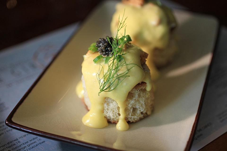 Boston, MA., 09/09/16, The Salty Girl restaurant on Dartmouth Street in the Back Bay is reviewed. This is the uni benedict toast. Suzanne Kreiter\Globe staff