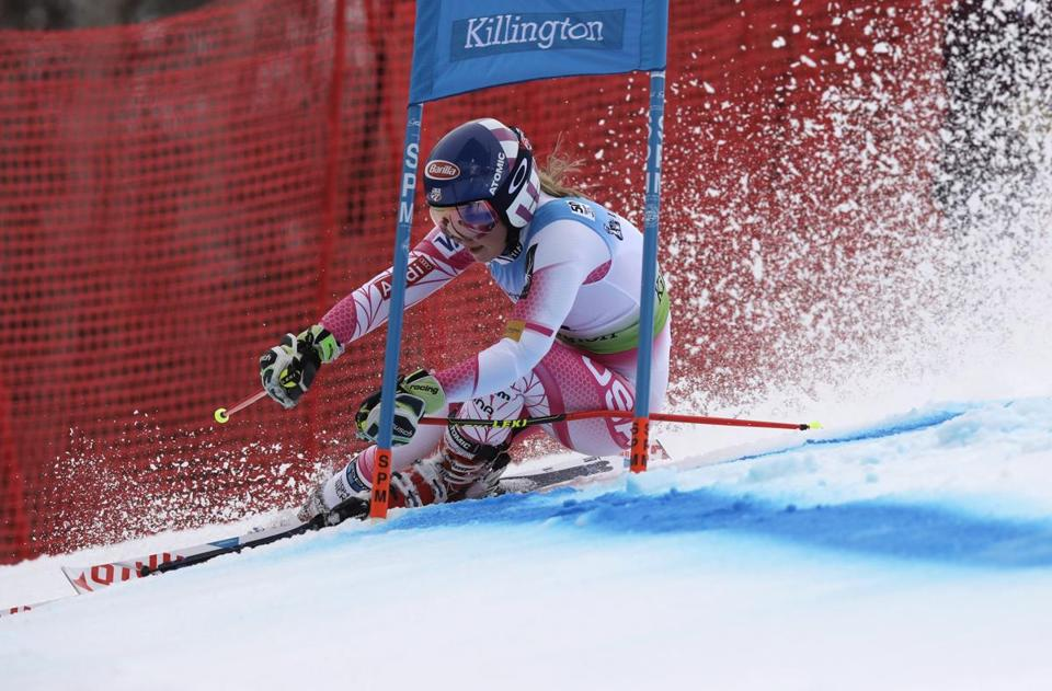 Mikaela Shiffrin, of the United States, competes during the women's FIS Alpine Skiing World Cup giant slalom race, Saturday, Nov. 26, 2016, in Killington, Vt. (AP Photo/Charles Krupa)
