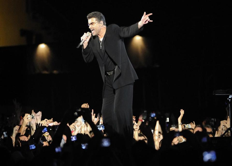In December 2008, George Michael perform3e at the Zayed Sports City Stadium in Abu Dhabi on the last stop of his 25 Live tour.
