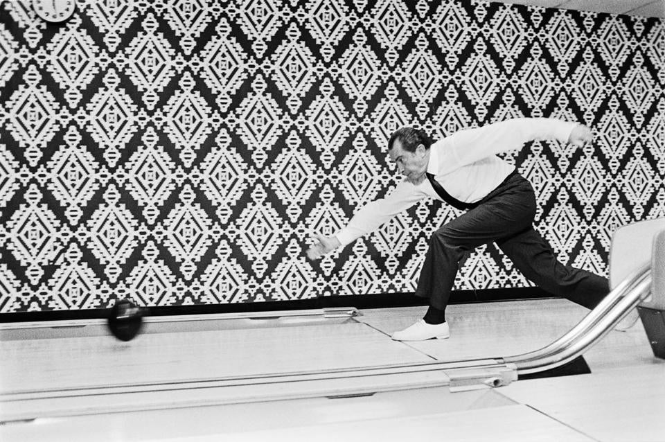 "President Nixon bowls with the winners of the 7th International Bowling Federation Tournament (not pictured) English: ""President Nixon bowls with the winners of the 7th International Bowling Federation Tournament (not pictured)"" <---- (text from original archives.gov website, as viewed 2015-12-08) Date 17 September 1971 Source https://research.archives.gov/id/7268153 Author White House Photographer This work is in the public domain in the United States because it is a work prepared by an officer or employee of the United States Government as part of that personÕs official duties under the terms of Title 17, Chapter 1, Section 105 of the US Code. 19second"