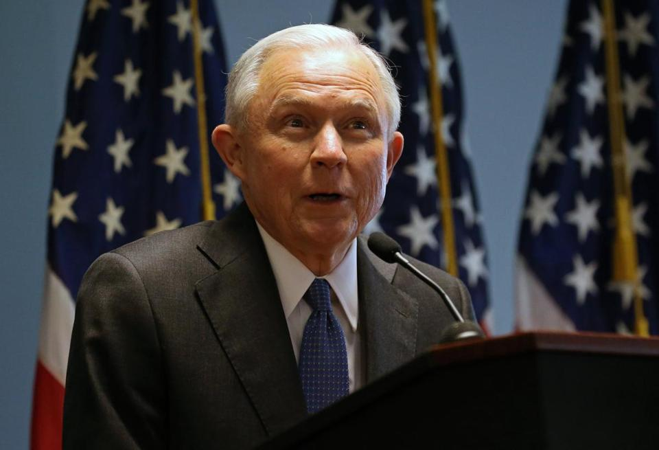 epa05933534 US Attorney General Jeff Sessions speaks at the federal courthouse in Central Islip, New York, USA, 28 April 2017. His speech was focused on gang violence and prosecution for illegal immigration by federal and local authorities. EPA/PETER FOLEY