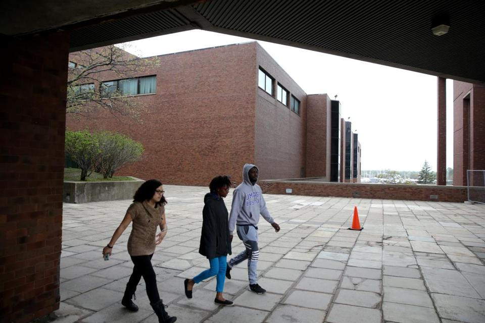 05/05/2017 Boston Ma UMass Boston Campus various shots. Boston Globe Staff\Photograph Jonathan Wiggs Reporter:Topic