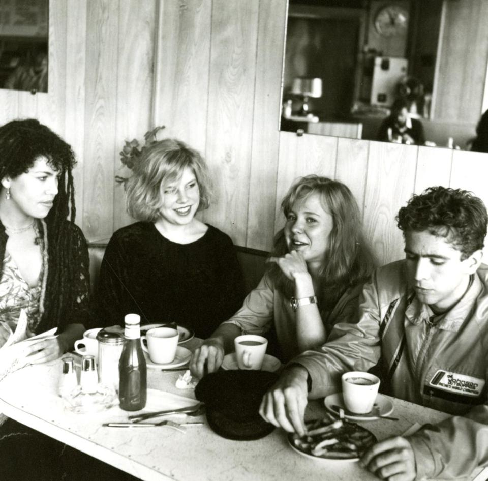 Throwing muses' Leslie Langston, Tanya Donelly, Kristin Hersh, and David Narcizo.