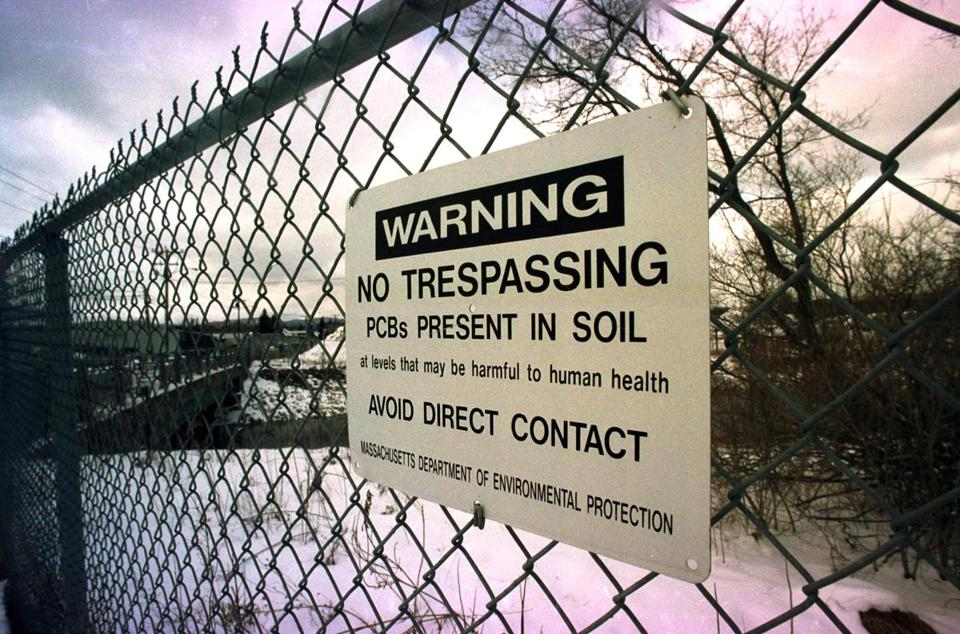 In 2005, a sign was posted near a bridge over the Housatonic River near the General Electric Plant in Pittsfield.