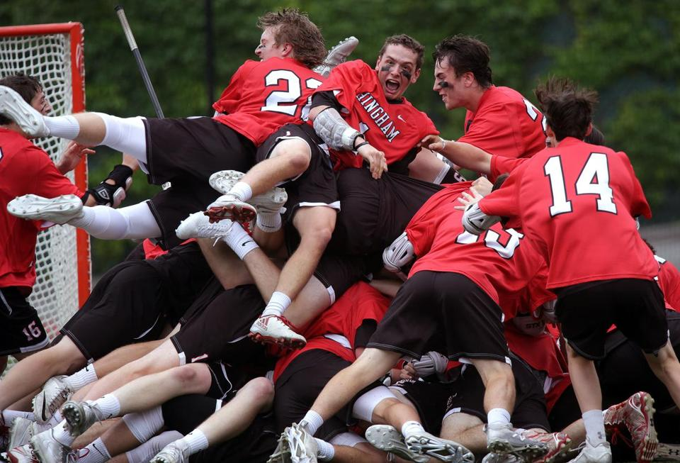 Boston, MA - 6/17/2017 - (2nd Half) Hingham players celebrate their win over Longmeadow. Hingham vs. Longmeadow in the D2 LAX State Championship final at BU's Nickerson field. - (Barry Chin/Globe Staff), Section: Sports, Reporter: Nathaniel Weitzer, Topic: 18hslacrosse, LOID: 8.3.2827582496.