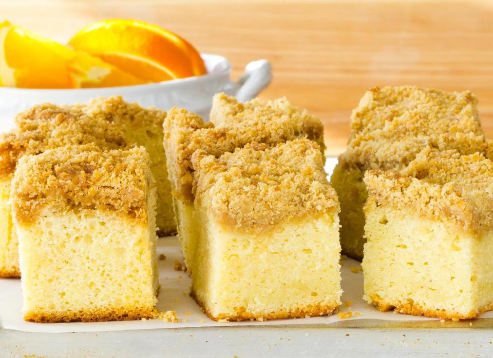 Sour cream crumb coffee cake