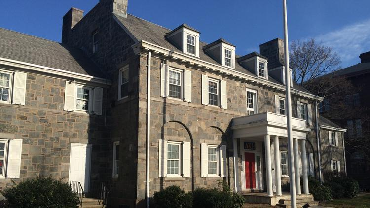 Delta Kappa Epsilon fraternity house at Wesleyan University.