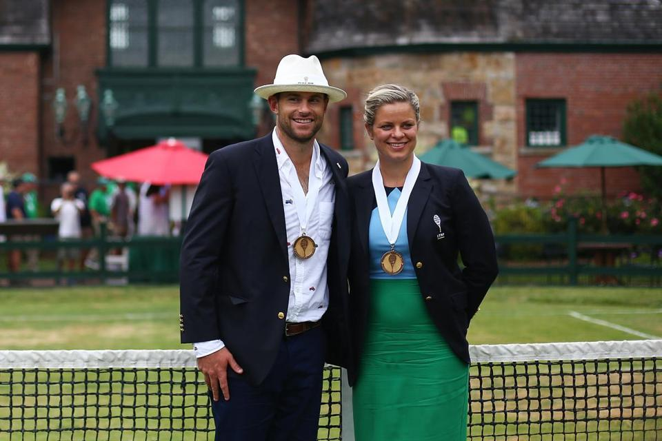 NEWPORT, RI - JULY 22: Tennis Hall of Fame inductees Kim Clijsters of Belgium and Andy Roddick of the United States pose for a photo following the enshrinement ceremonies at the International Tennis Hall of Fame on July 22, 2017 in Newport, Rhode Island. (Photo by Adam Glanzman/Getty Images for the International Tennis Hall of Fame)