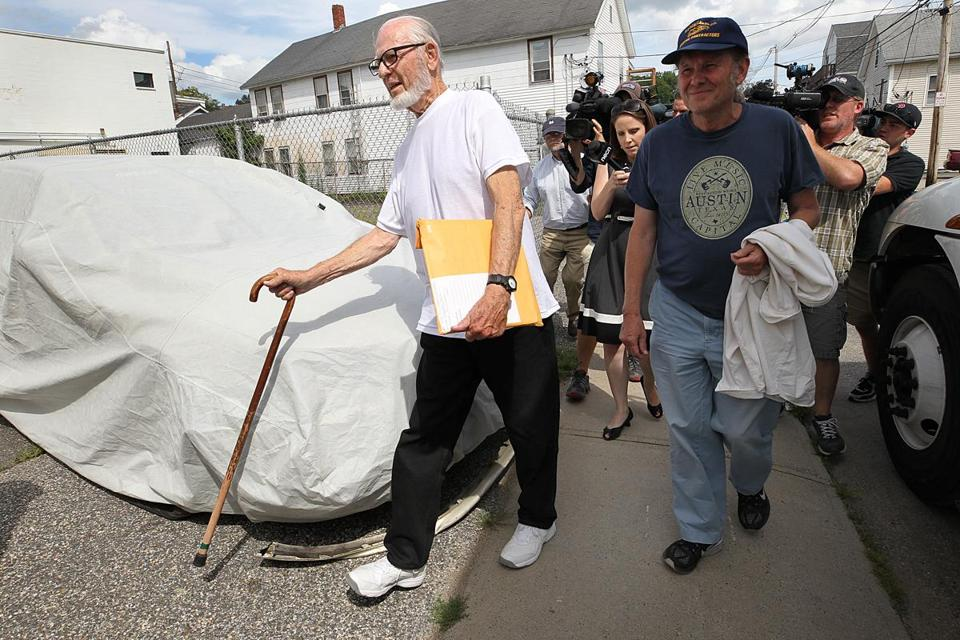 Defrocked Catholic priest Paul Shanley arrived home on Pulaski Street in Ware on Friday.