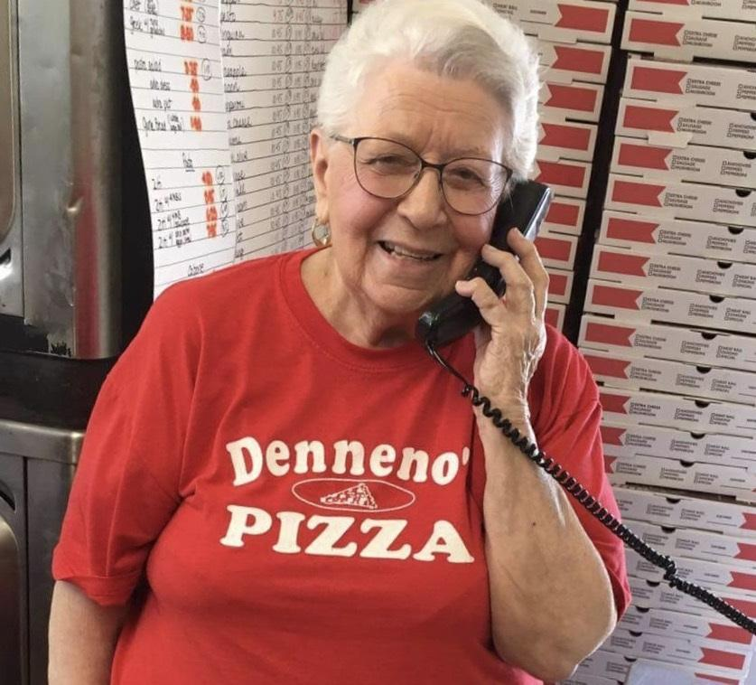 Carmela Denneno made pizza for 62 years.