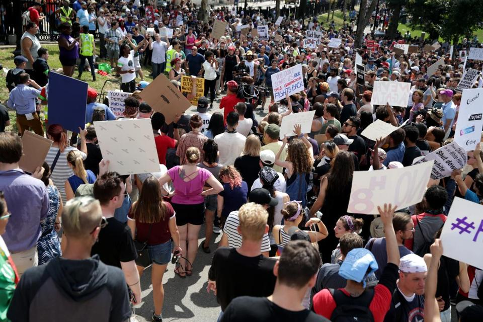 08/19/2017 Boston Ma- Some of the crowd at the Free Speech Rally on Boston Common. Jonathan Wiggs\Globe Staff Reporter:Topic.