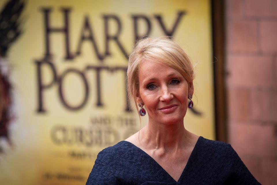 JK Rowling Taking Shot At President Trump Via His Signature