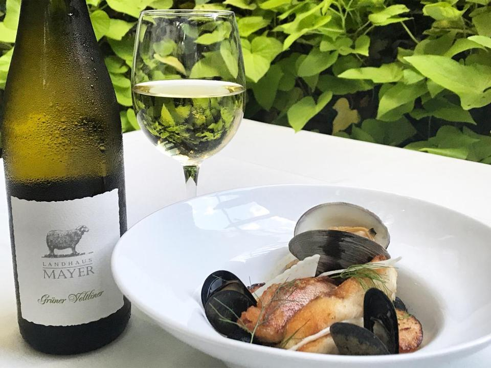 Seafood boil paired with a 2015 Landhaus Mayer Grüner Veltliner 2015 at Harvest.