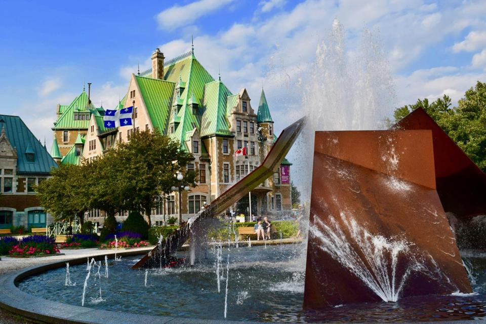 The fountain in front of the Gare du Palais in Quebec City.