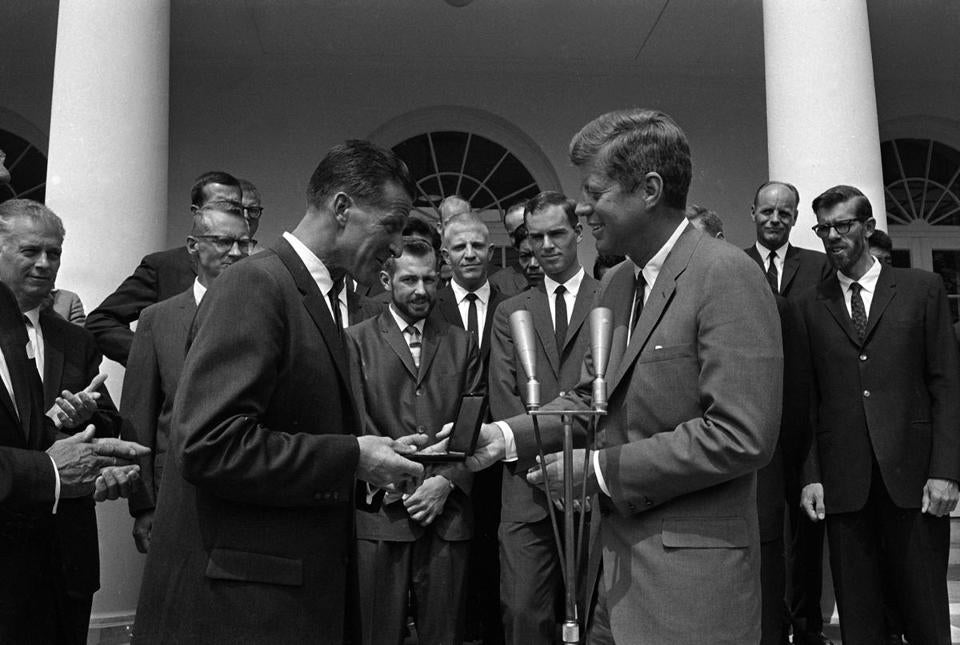 President John F. Kennedy presents the National Geographic Society's Hubbard Medal to Mr. Dyhrenfurth in 1963.