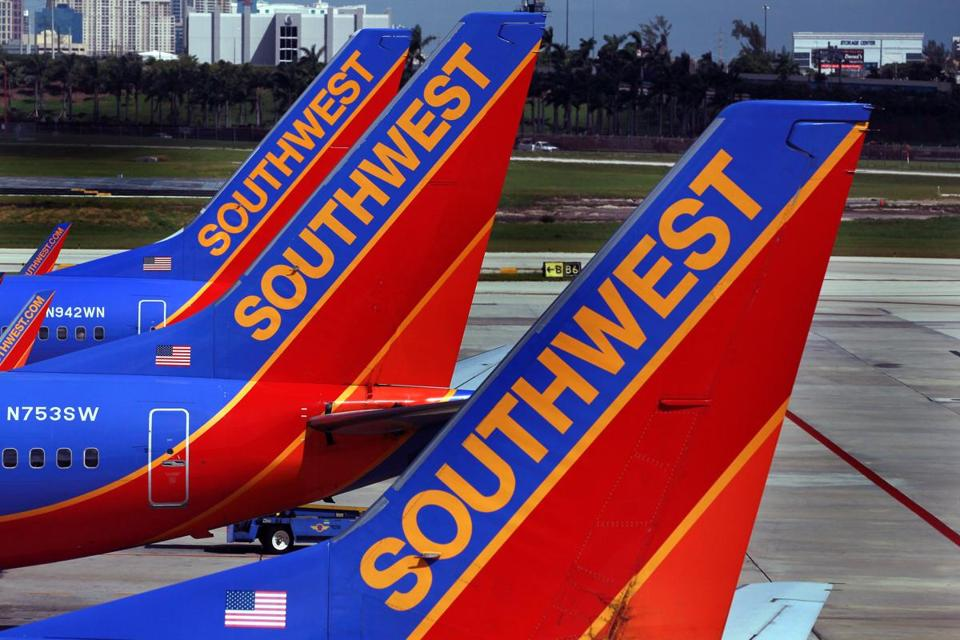 Southwest Airlines (NYSE:LUV) Stock Rating Upgraded by Atlantic Securities