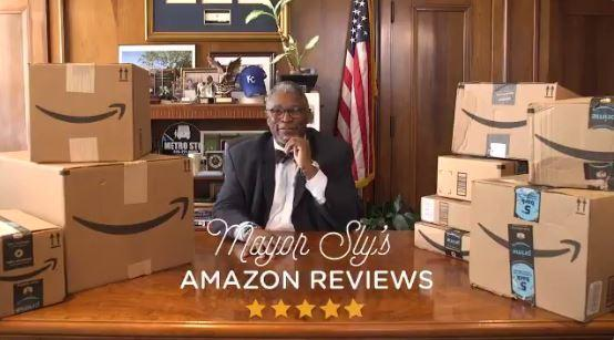 Mayor Sly James of Kansas City, Missouri, is trying to attract Amazon to his city by reviewing 1,000 products online.