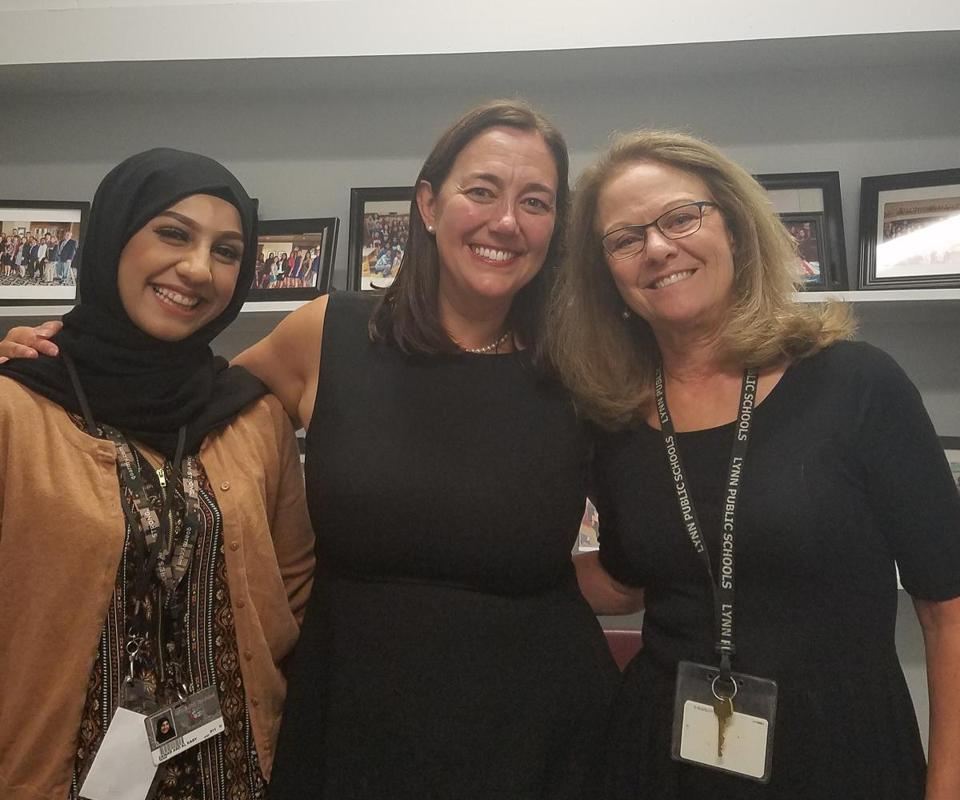 22nofreedomwriters - Zainab Alkaby with Erin Gruwell and Lynn English's Ginny Keenan. (Handout)
