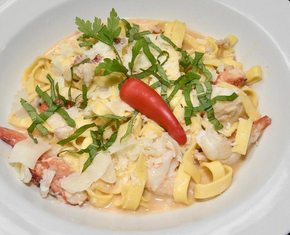 05sodine - The lobster scampi at Simply Smith's. (Linda Pedersen)