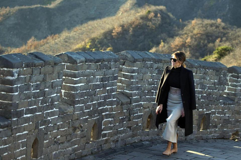 US first lady Melania Trump walks along the Mutianyu Great Wall section n Beijing.