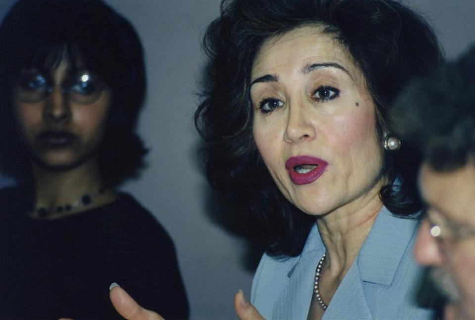 Sima Wali, President of Refugee Women in Development, speaks at the University of California, Berkeley, School of Law in 1999.