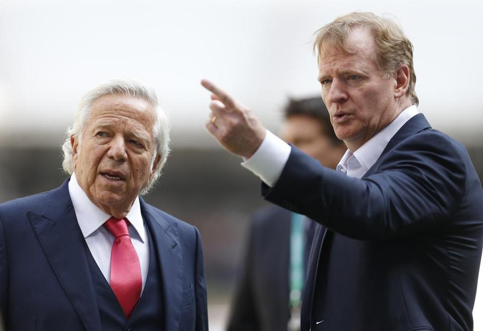 Mexico City, Mexico -- 11/19/2017 - New England Patriots owner Robert Kraft (L) and Commissioner of the National Football League Roger Goodell chat on the sidelines before the start of the Pats 2017 NFL Mexico Game against the Oakland Raiders at the Estadio Azteca. (Jessica Rinaldi/Globe Staff) Topic: Patriots Reporter: