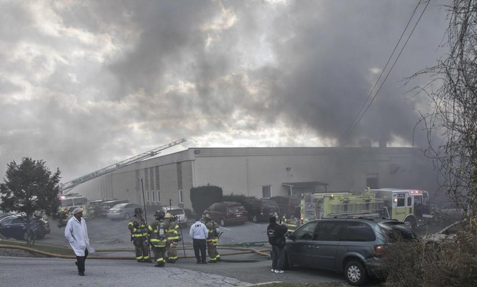 20 hurt in explosions at cosmetics factory