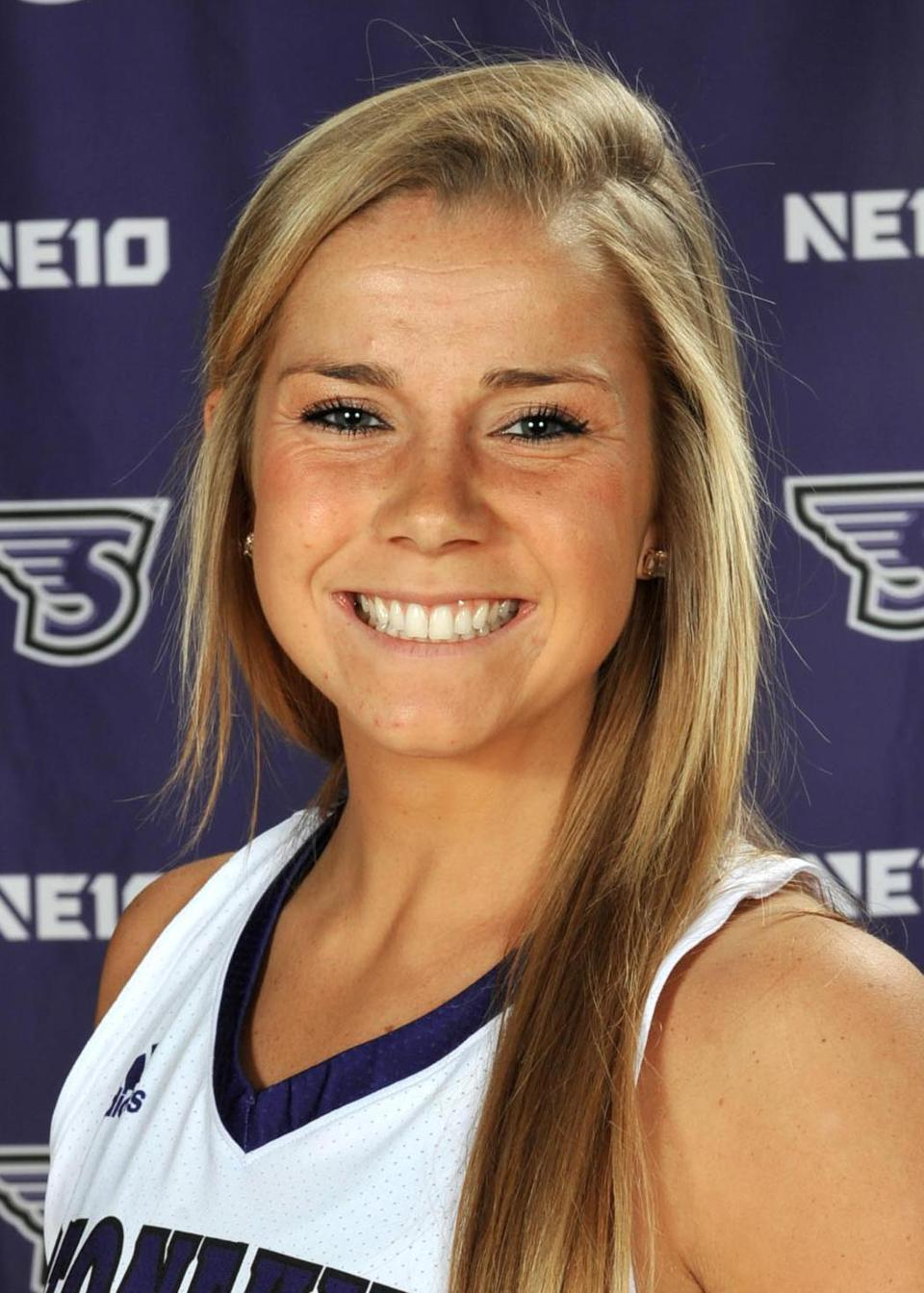 03sonoteworthy - Kelly Martin (Stonehill Athletics)