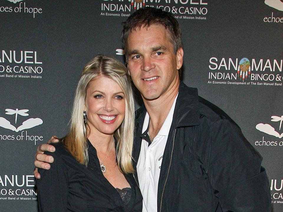 Luc Robitaille's wife tweets about elevator encounter with Donald Trump