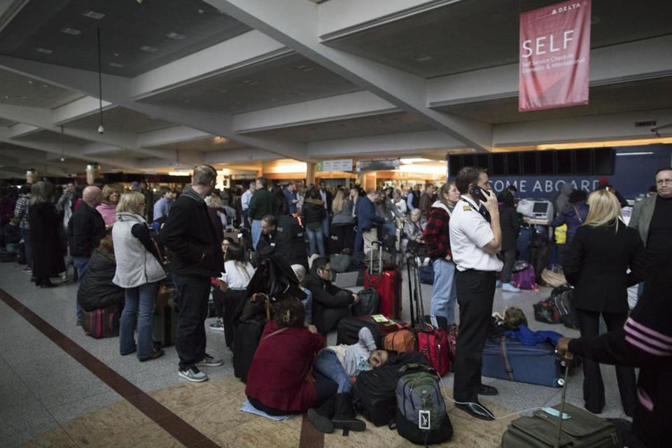 Sarasota-area affects minimal from Atlanta airport outage