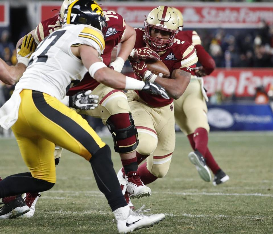 Iowa knocks off Boston College in New Era Pinstripe Bowl