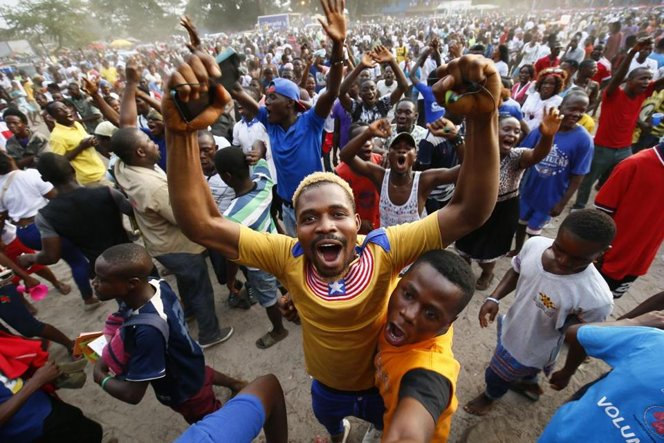Buhari congratulates Weah on winning historic Liberia election