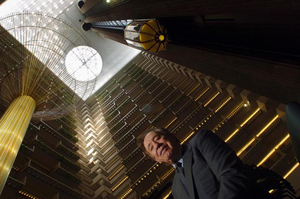 Mr. Portman posed in 2006 in the lobby of the Hyatt Regency in Atlanta. His atrium hotels were widely imitated.